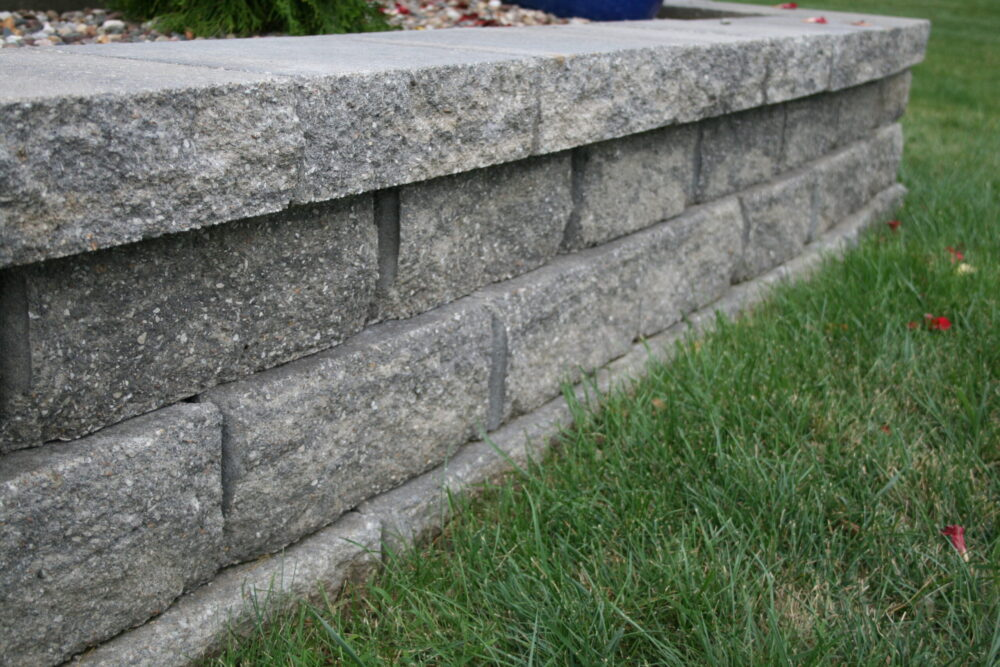 Building a reliable block retaining wall